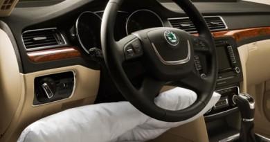 cs_kolenni_airbag_001
